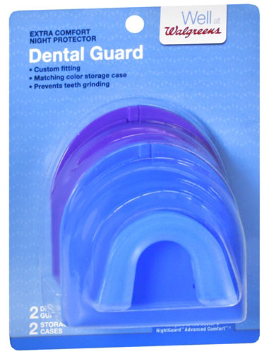 Walgreens-Mouthguard-with-Case-1