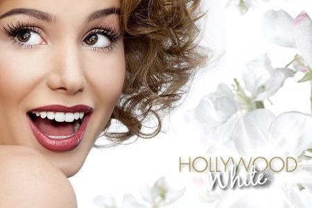 Hollywood-White-Teeth-WhiteningPen