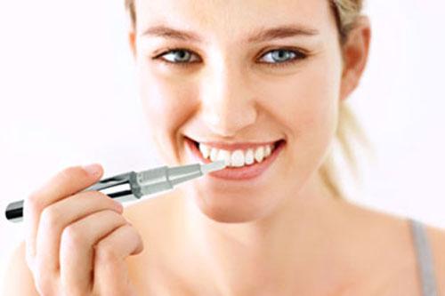Dazzlepro-Teeth-Whitening-Pen-3