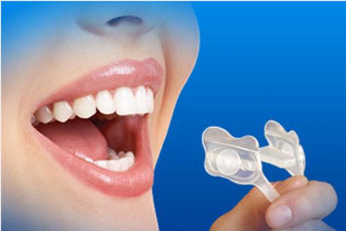 SleepRight-Select-Slim-Comfort-Dental-Guard-3